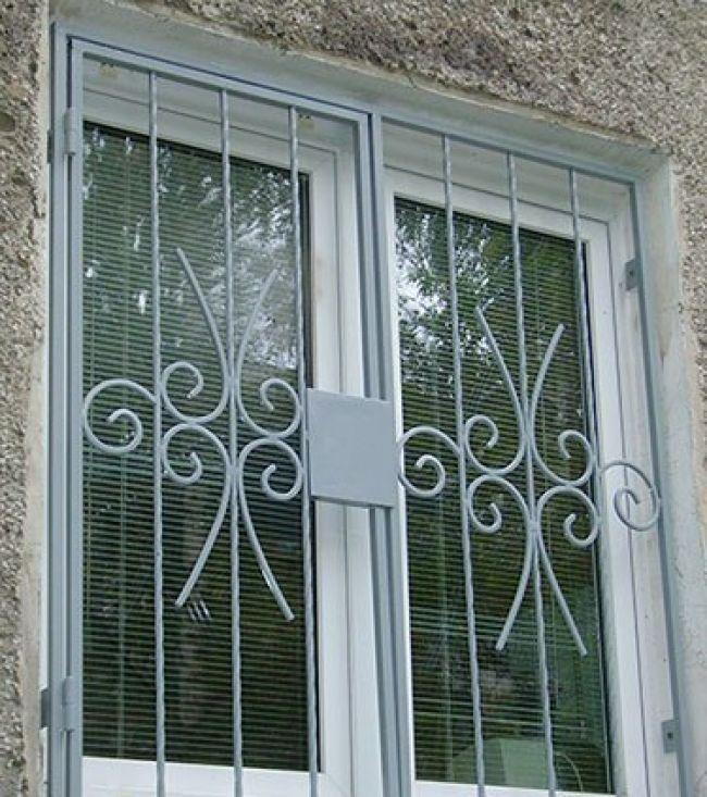 Распашные решётки на окна